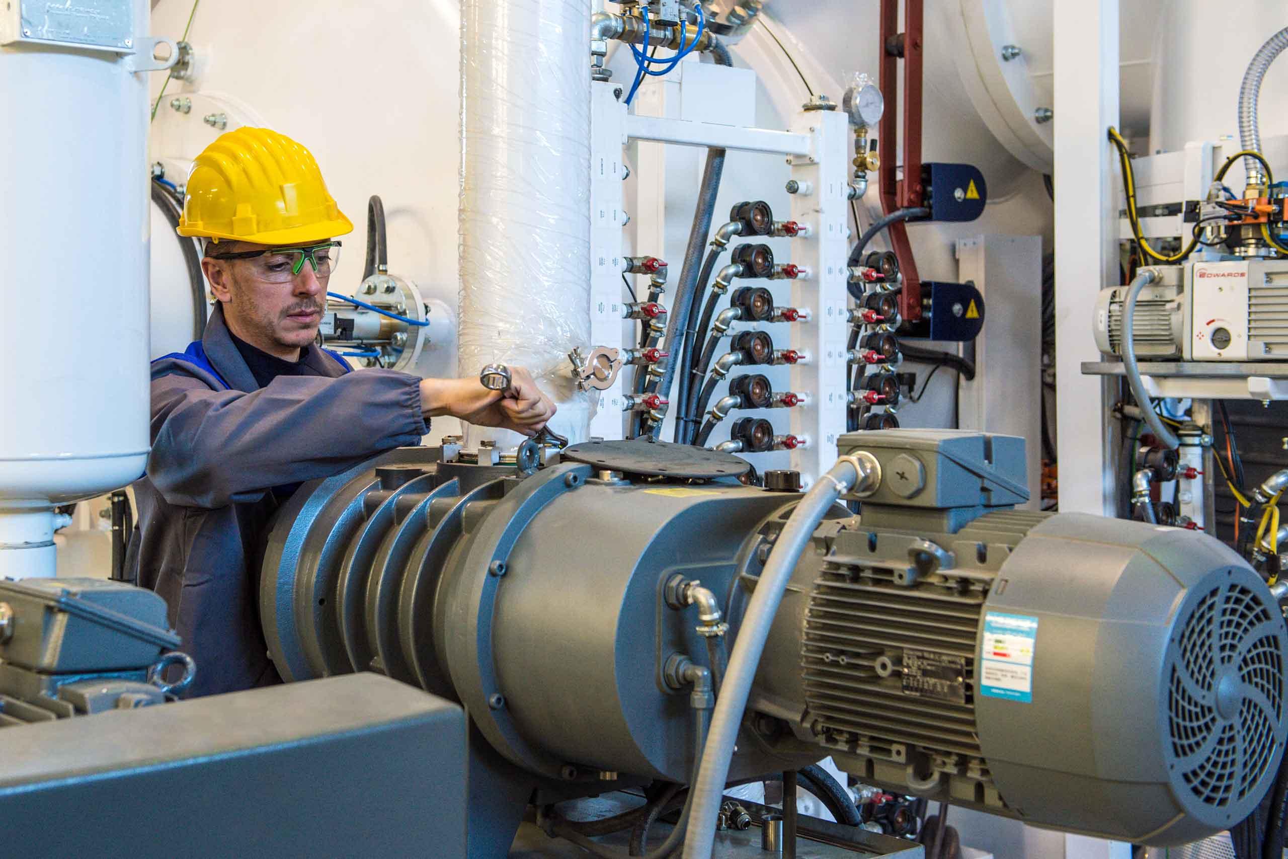 Macchinari e Attrezzature Industriali | Aggiornamento delle attrezzature